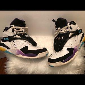 Men Converse Tennis Shoe Size 8